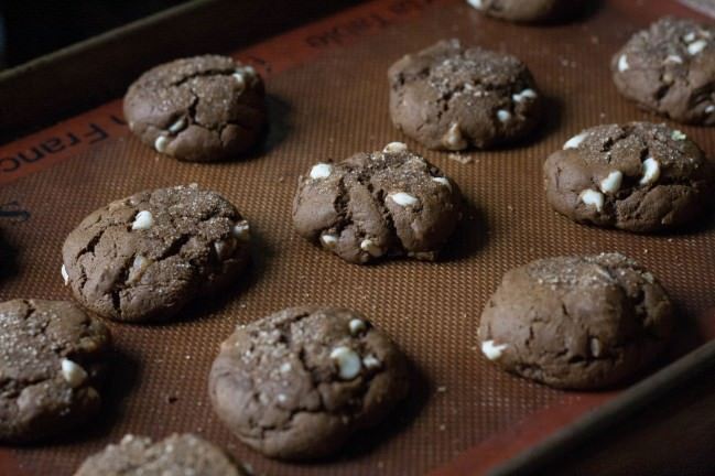 Ginger Ginger Ginger Cookies with White Chocolate baked and cracking