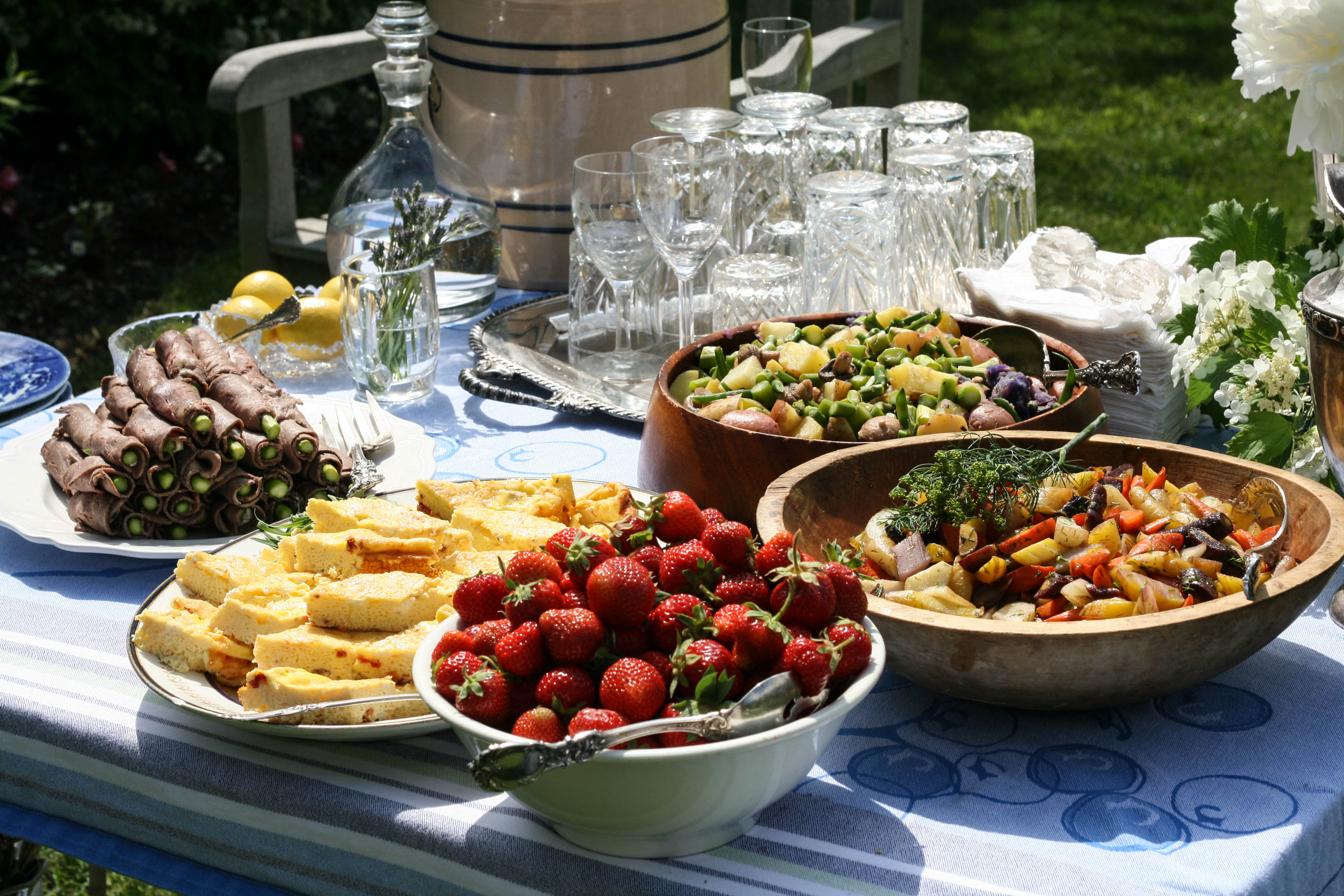 Croquet Party Table