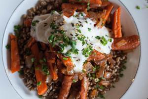 Carrot Wheat berry Salad with Yogurt