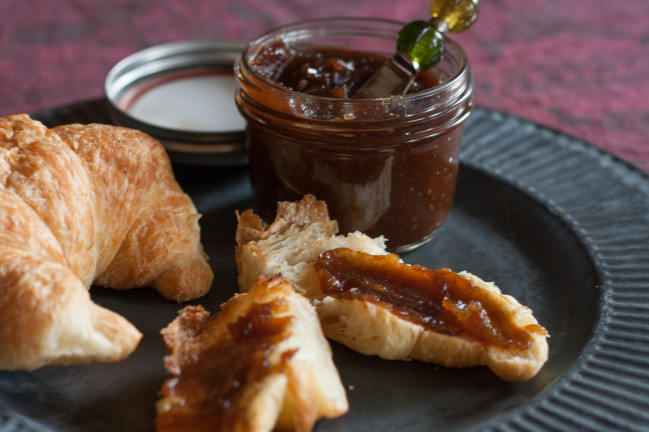 Thick and Smooth Fall Apple Butter breakfast
